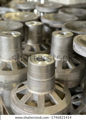 Aluminium is the only metal that can be casted by more than 5 different processes like Die casting, sand casting, investment casting, lost foam, extrusion, centrifugal casting ストックフォト ©