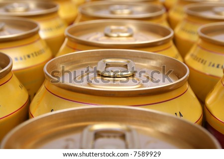 aluminum drink cans piled