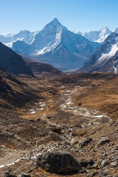 Ama Dablam mountain peak view from Chola pass in Everest base camp trekking route, Himalaya mountains range in Nepal, Asia
