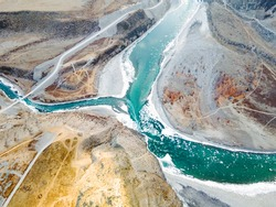 Amazing panoramic view of confluence beautiful mountain rivers Chuya Katun. Panorama wonderful picturesque popular highlands. Art image, peaceful Chuya-Katun valley, Gorny Altai, Siberia, Russia