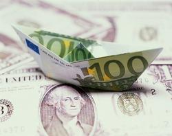 American 100 dollar bill shaped like a boat