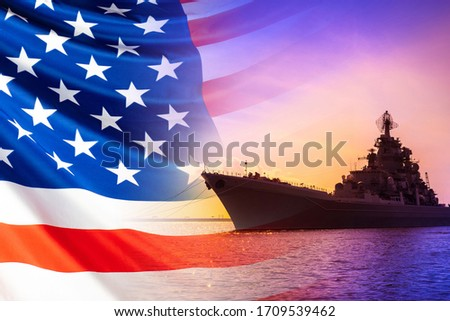 American warship. America's Navy. Ship on the background of the American flag. Naval forces of the United States. us Navy. Ship against the background of the sunset and the American flag. Foto stock ©