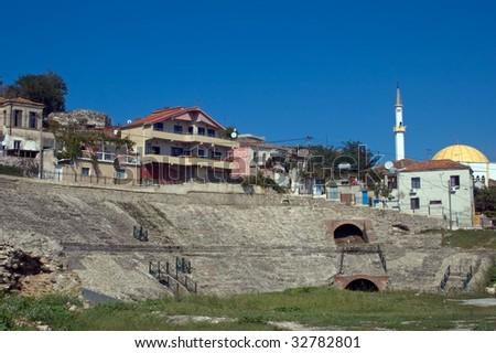 """Foto nga qyteti i """"Durresit"""" Stock-photo-amphitheatre-durresi-albania-32782801"""