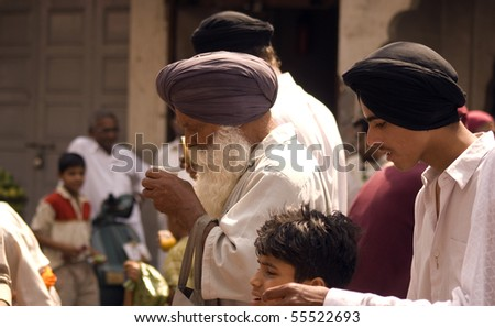AMRITSAR, INDIA - MAY 1: Sikh pilgrims at the Full Moon Festival on May 1, 2010 in Amritsar, Punjab, India.