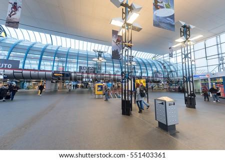 AMSTERDAM, NETHERLAND - DECEMBER 23, 2016: Amsterdam Sloterdijk Station #551403361