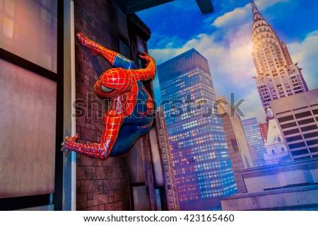 stock photo amsterdam netherlands may spiderman in the madame tussauds museum in amsterdam 423165460 - Каталог — Фотообои «Для детской»