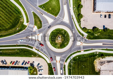 An aerial view of the roundabout at Churchman Bypass and S Arlington Ave in Franklin Township, Indianapolis. Stock fotó ©