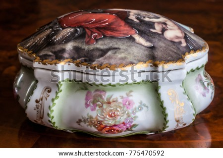 An ancient porcelain box hand painted #775470592
