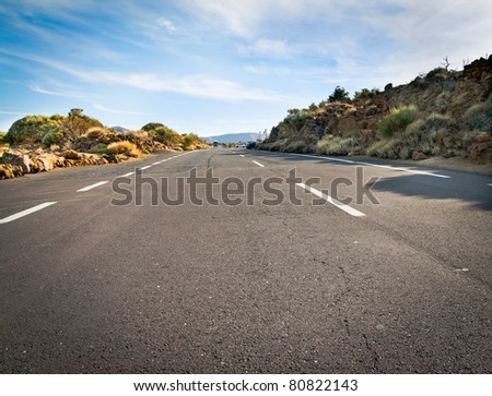 An empty road in Tenerife 2000m above water level