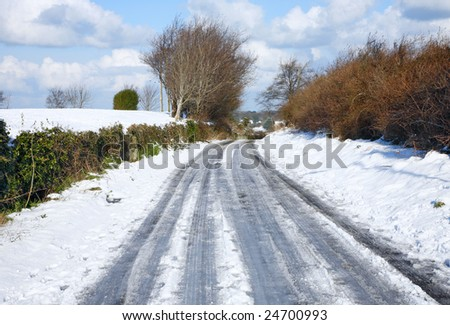 An English country road covered in snow and ice.