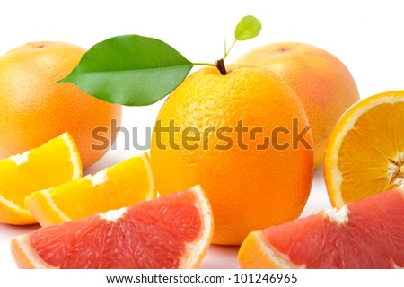An image of bright oranges and grape-fruits