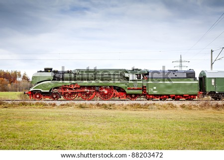 "An image of the fastest steam train ""18 210"""