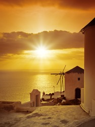 An image of the sunset at Santorini island of Greece