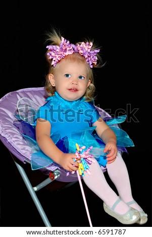 toddler hairstyles. toddler girl hairstyle.