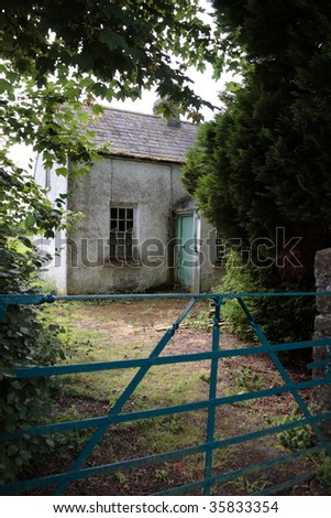 an old decaying cottage front in ireland