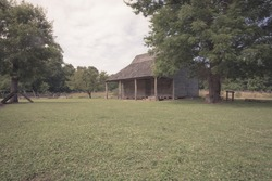 An old shack, once used as a slave house in Colonial Times.