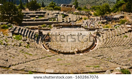 Ancient Greek archaeological site with a stadium, votive sites & temples, including one to Apollo.