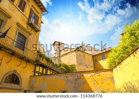 Ancient medieval homes of Florence in Tuscany - Italy