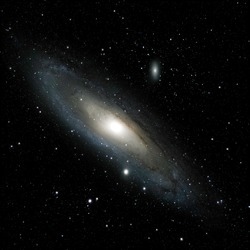 Andromeda galaxy, m31, 65 stacked 80 seconds exposures. Using a cooled camera and a 300mm lens.