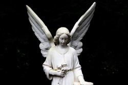 Angel statue on a cemetery in Hamburg