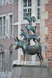 Animals musician copper statue in Bremen grimm fable