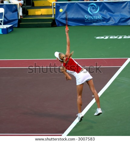 Top Tennis Players Anna Kournikova Playing Tennis