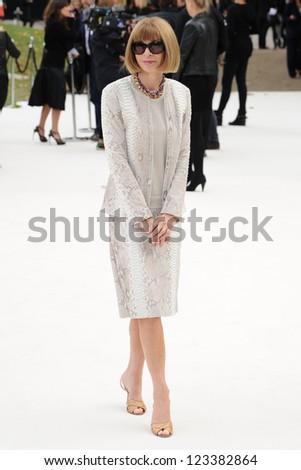 Anna Wintour arriving for the Burberry Prorsum catwalk show as part of London Fashion Week SS13, Kensington Gardens, London. 17/09/2012 Picture by: Steve Vas - stock photo