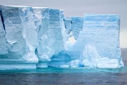 Antarctic Peninsula - Palmer Archipelago - Neumayer Channel - Global warming - Tabular Iceberg in Bransfield Strait