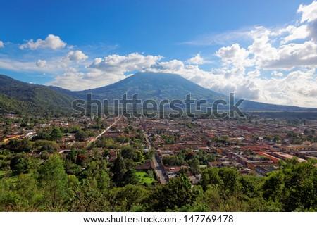 Antigua as viewed from Cerro de la Cruz, with Volcano De Agua in the background.