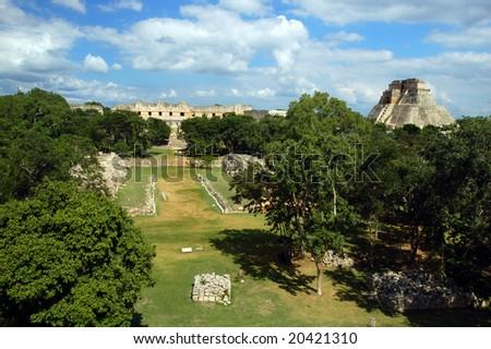 Antique mayan ruins in� Uxmal, Mexico
