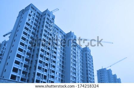 Apartment building site #174218324