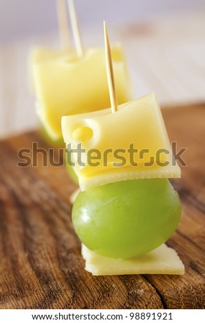 appetizer canape cheese with white grapes