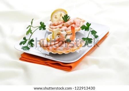 Appetizer of pink shrimps