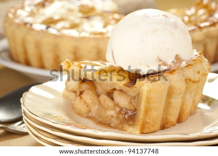 Apple Pie Ala Mode. Unsharpened file