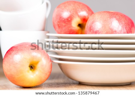 Apples and plate composition