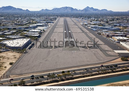 Approach to Scottsdale Airport