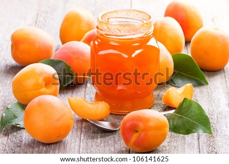 apricot jam with fresh fruits