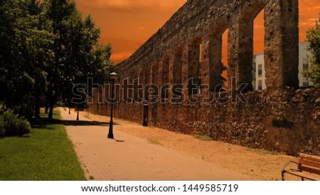 Aqueduc in Merida (Augusta Emerita). Roman City - Temples, Theatres, Monuments, Sculptures and Arenas -  Estremadura, Spain #1449585719