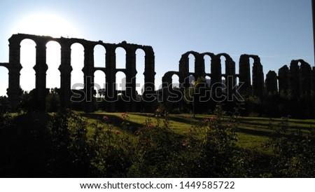 Aqueduc in Merida (Augusta Emerita). Roman City - Temples, Theatres, Monuments, Sculptures and Arenas -  Estremadura, Spain #1449585722