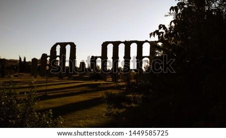 Aqueduc in Merida (Augusta Emerita). Roman City - Temples, Theatres, Monuments, Sculptures and Arenas -  Estremadura, Spain #1449585725