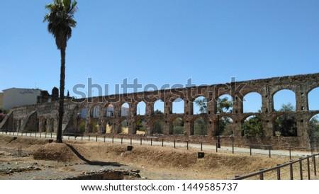 Aqueduc in Merida (Augusta Emerita). Roman City - Temples, Theatres, Monuments, Sculptures and Arenas -  Estremadura, Spain #1449585737