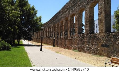 Aqueduc in Merida (Augusta Emerita). Roman City - Temples, Theatres, Monuments, Sculptures and Arenas -  Estremadura, Spain #1449585740