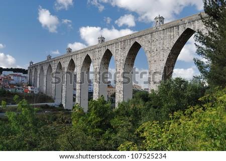 aqueduct lisbon, portugal