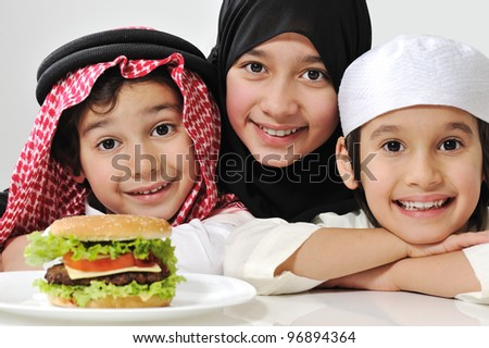 Arabic family children with burger
