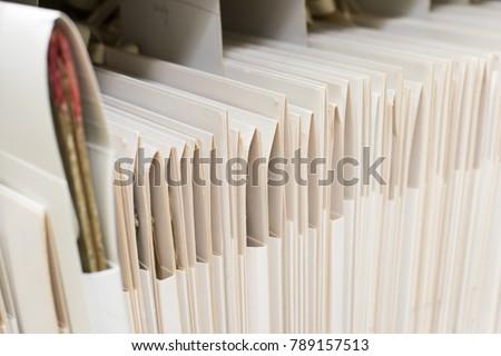 Archive folder, Pile of Files #789157513