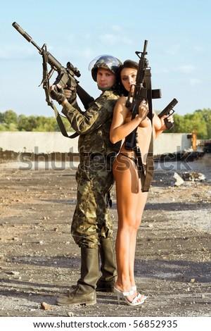 голые военные фото