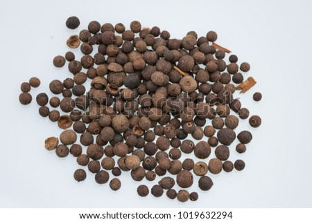 Aromatic allspice isolated #1019632294