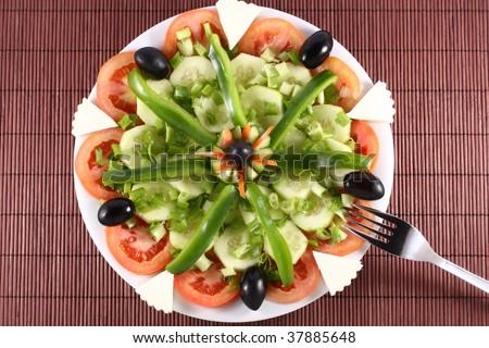 Arrangement of vegetable salad