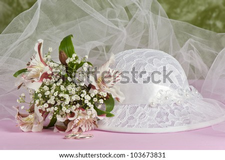 Arrangement with flowers and favors for wedding, baptism and First Communion