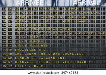 arrivals and departure board in ...
